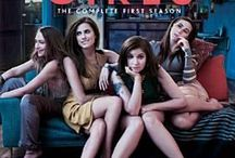 Girls - Lena Dunham / Girls - Lena Dunham and the cast
