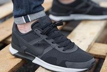 Classy Shoes! / Of het nu sneakers, Brogues of boots zijn....het maakt niet uit! Met een paar gave schoenen maak je je outfit compleet!!