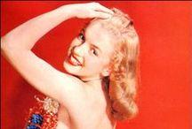 Earl Moran / Marilyn Monroe photographed by Earl Moran