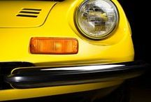 Yellow Horse... / Gele Ferrari's