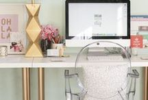 Ikea Linnmon table top and Alex drawers combination / A collection of photographs illustrating home offices and workspaces that are using office furniture from the IKEA linnmon table top and alex drawer series. Various table legs and trestles used. Curated by @websiteconfetti