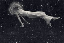 INSPIRATION | UNIVERSE / I would love to float in the middle of the universe, with the stars as companions.   #universe #inspiration #stars