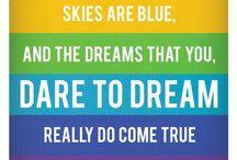 Over the rainbow / L'anti-grisaille absolu. #couleurs #arc-en-ciel #colors