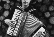 accordian klaus ics / People playing accordians / by peter bucke