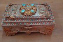 Home Decor / We offer meaningful home decor products like carpets, painting, metal boxes, natural stone, antiques and statues which will bring you back harmony and luck over house. Search us for  home decor ideas home decor online shopping home decor pinterest diy home decor best home decor shopping websites http://www.nepalartshop.com/