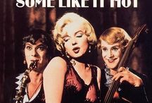 Certains l'aiment chaud /Some like it hot / Photos du film Certains l'aiment chaud, réalisé par Billy Wilder, 1959. #billywilder, #marilynmonroe # tonycurtis #jacklemmon #somelikeithot / by BoMontage