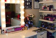 MakeUp Vanity Ideas / Projects to try at home for my makeup vanity.  / by Yisel Vasquez