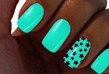 Nails, nails, nails / by Madelynn Harader