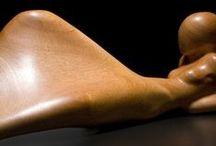 Carving - abstract figure / současná abstraktní dřevořezba