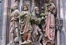 Sculpture in history / sochařství od r. 500 - do r.1500 (kámen a podoné materiály)