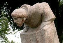 modern sculpture - man and woman / muž, žena a muž v novodobém  sochařství