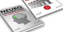 Menselijk- en neuroleiderschap - Guido de Valk / Guido de Valk is auteur van de boeken 'Neuroleiderschap' en 'Menselijk leiderschap'. In 'Neuroleiderschap' leer je hoe je een nieuwe manager kan worden door kennis en technieken uit de hersenwetenschappen toe te passen. En hoe je met waardengedreven leiderschap je als manager kunt onderscheiden. Het boek 'Menselijk leiderschap' helpt managers en managementteams om stapsgewijs het brein optimaal te benutten en hierdoor daadwerkelijk het gedrag dat past bij de nieuwe leider, eigen te maken.