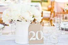 Wedding Table Decor Ideas / Here are some fun ideas to set your tables at your wedding reception.