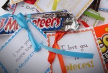 Creative Candy Gifts / These are all the cards, posters, and notes using candy to write a letter!