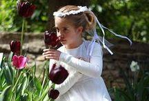 Storie di Cerimonie / Innumerevoli sono le cerimonie che accompagnano la vita delle nostre figlie: vestire la bambina per le occasioni più raffinate è la nostra passione. Abiti dai tessuti pregiati, coroncine floreali e piccoli grandi dettagli che fanno la differenza per celebrare gli eventi più importanti.