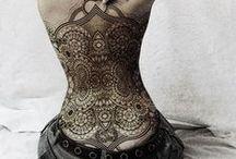 Ornamentais - Tattoos (geométricas, mandalas, pontilhismo, etc) / Tattoos ornamentais, geométricas, mandalas, pontilhismo, etc