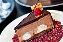 Sladké pokušení / Milujeme sladké a vymýšlíme pro vás ty nejlahodnější dezerty.