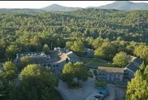 Unicoi State Park / Unicoi is one of our favorite places to go in Helen, Ga. They have a beautiful lodge that hosts many events throughout the year, a great beach, tons of outdoor activities & of course the gorgeous Anna Ruby Falls can be found inside the park as well.
