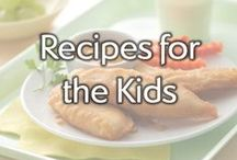 Recipes for the Kids / Put down the PB&J and let's get cooking! Find inspiration in these kid-friendly recipes that are sure to be a hit around the dinner table.  / by Gold'n Plump