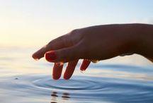 Mãos / As mãos, depois dos olhos,são a parte do nosso corpo que mais falam por nós