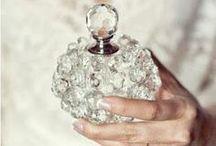 Frascos de Perfumes / Garrafas e frascos de perfume antigos