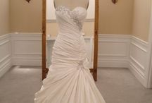 My wedding hopes / What would love at my wedding or wear at my wedding  / by Angel Mofford
