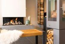 Onze showroom / Hier krijgt u een idee van onze showroom in Gouda. In onze winkel staan diverse stylen haarden en kachels gepresenteerd.