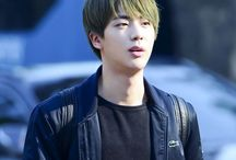 Kim Seokjin (김석진) / Visual from BTS | December 4,1992 | Jin |