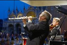 Florian Café-chantant / Caffè Florian Orchestra preserves and plays a musical heritage of great historical value, unique in its kind, featuring the café-concert style in Venice.