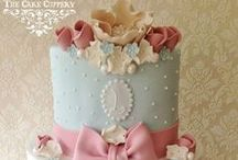 CAKES: fondant decorations / allestimenti