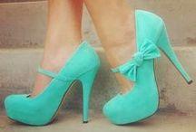 zapatos / todo se trata de zapatos que van muy bien con mi oufti