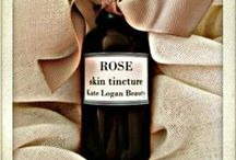 Rose Skin Tincture / My amazing Rose Skin Tincture is a fabulous cure for oily/acne prone skin and can really help any skin type that just needs a bit of a boost.Here you'll find all the ingredients I use in this perfectly radiance boosting potion, where I find them and how I make them.