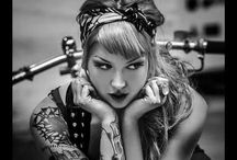 Vintage pin-up babes / Rock a Billy pin-up with tattoo