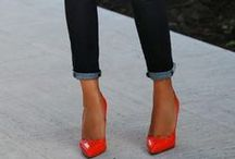 Red stilettos - what to wear with / outfits with red stilettos. High heel red shoes in an outfit.