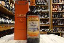 Rhum CARONI / Entrée en activité en 1918, Caroni était une distillerie qui appartenait à l'état de Trinidad, elle disposait de sa prpore sucrerie pour les approvisionnements en canne à sucre locale. En 2002, la distillerie ferma et le groupe italien Velier racheta un grand stock de fûts entreposés. Peu de temps après, le Caroni 12 ans apparu, les amateurs de rhum se l'arracha.