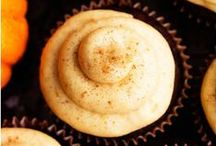 •●• Pumpkin Cupcakes •●• / Pumpkin cupcakes have never tasted (or looked!) this good. Like what you see? For more recipes & ideas stop by My Bella Villa on Facebook & Tumblr!