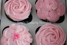 Occassional cakes / Cakes and cupcakes for weddings, showers and festivities!