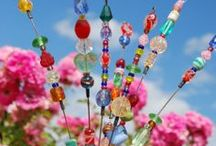 Colourful Handcrafts / Amazing crafts to make and look at. Don't you wish you could make them all?