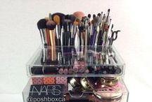 Beauty products / Makeup, hair, nails and organization.