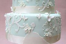 Cakes / by Cynthia Fulford