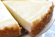 Desserts / by Susan Thetard
