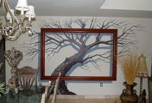 Wall Murals and Trompe L'Oeil / Large variety of hand painted wall murals and trompe l'oeil, residential and commercial