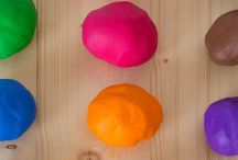 Kids Activity ~ Play Dough / Exploring ways to play with Play Dough.  Perfect for Toddlers and Pre-school children as a way to learn and develop skills for life.