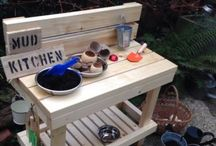 Kids Activity ~ Mud kitchens / Outdoor play kitchens for Toddlers or pre-schoolers from mud kitchens to mud pies children love to explore their senses outside, mixing potions making mud cake. A wonderful sensory activity for playing with nature