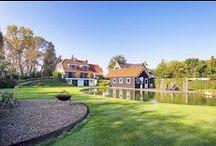Landelijk huis / Landelijk huis met royale keuken, kantoor aan huis, 3 slaapkamers, 2 badkamers, guesthouse, welness, zwemvijver en grote tuin met diverse terrassen.