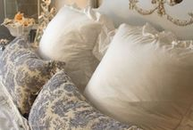 Beautiful Bedrooms / by Vanessa Sheppard