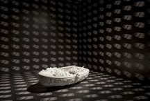 art / enveloppe >< proliferation / Enveloppe extérieure, recouvrement d'une surface créée par répétition d'un même motif, matériau, texture // PLEASE PIN WHAT YOU WANT & WHAT YOU NEED / by Carole Brandon