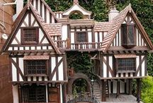 Tudor Doll's House / Idea's