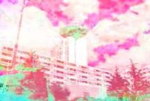 durch den himmel / Oeuvre réalisée par C. Brandon assistée de S.Mollard,bande-son M. Sellam, remixé par A.Burdin-François,  de l'urbangame Sogoroku, crée par C.Beaugrand et M.Veyrat. Biennale du Design Saint-Etienne, du 15 au 30 novembre 2008 (https://fr.pinterest.com/marcveyrat1/sugoroku/) Caméra 1 filme le trajet gare - tour, Caméra 2 cherche uniquement la tour, Son 1 réalisée par les robots de MS et Son 2 enregistre des sons du trajet : les sms envoyés accrochés aux fréquences sonores tissent les 4 pistes.