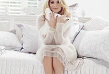 Holly Willoughby / Feminine and elegant, our Holly Willoughby bedding range features beautiful hand drawn florals, soft tones and luxurious throws and cushions.